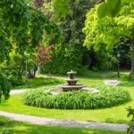 fountain-green-summer-park_98799-39